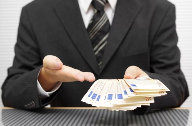 Помощь черных брокеров в получении кредита